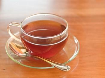 紅茶を使った目元ケア